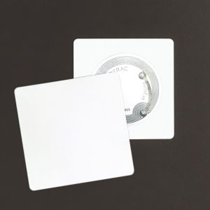 Tag semi rigide 43 x 43 mm - PP blanc 0.8 mm